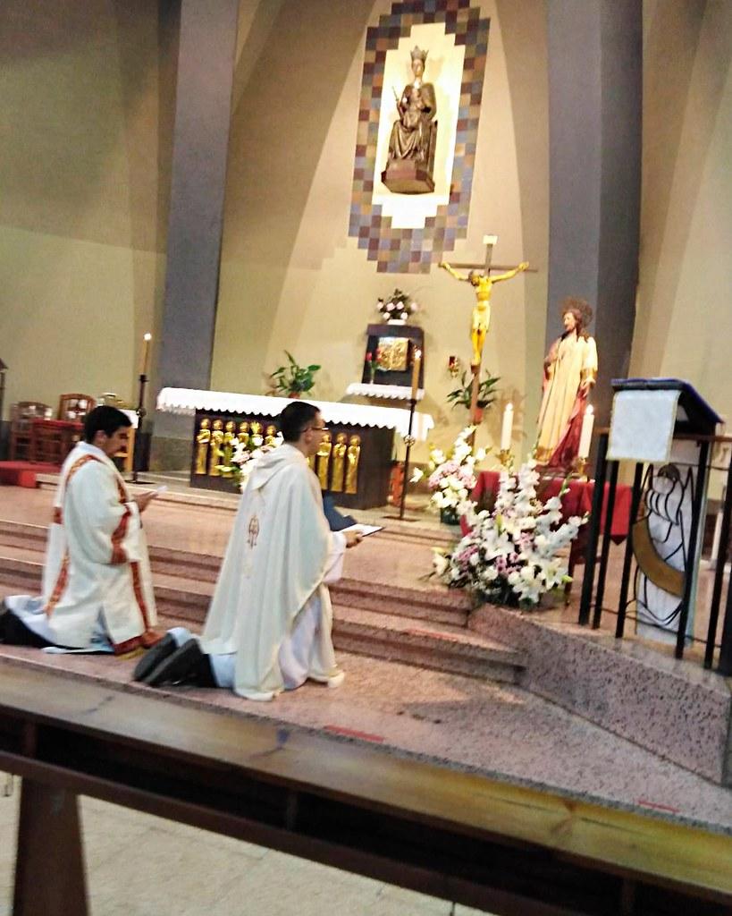 España - Consagración de la Parroquia en Manresa al Sagrado Corazón