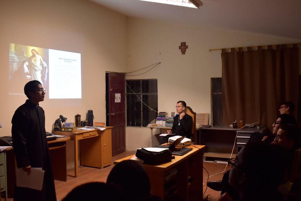 Ecuador - Mensual en el Noviciado acerca de la devoción al Sagrado Corazón