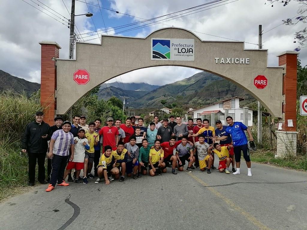 Ecuador - Maratón en el 20° aniversario del Noviciado y el Seminario Menor