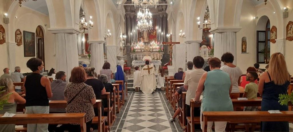 Grecia - Celebración de Corpus Christi en Tinos