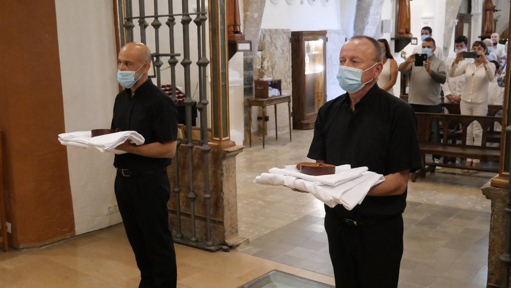 España - Toma de hábito monástico en El Pueyo