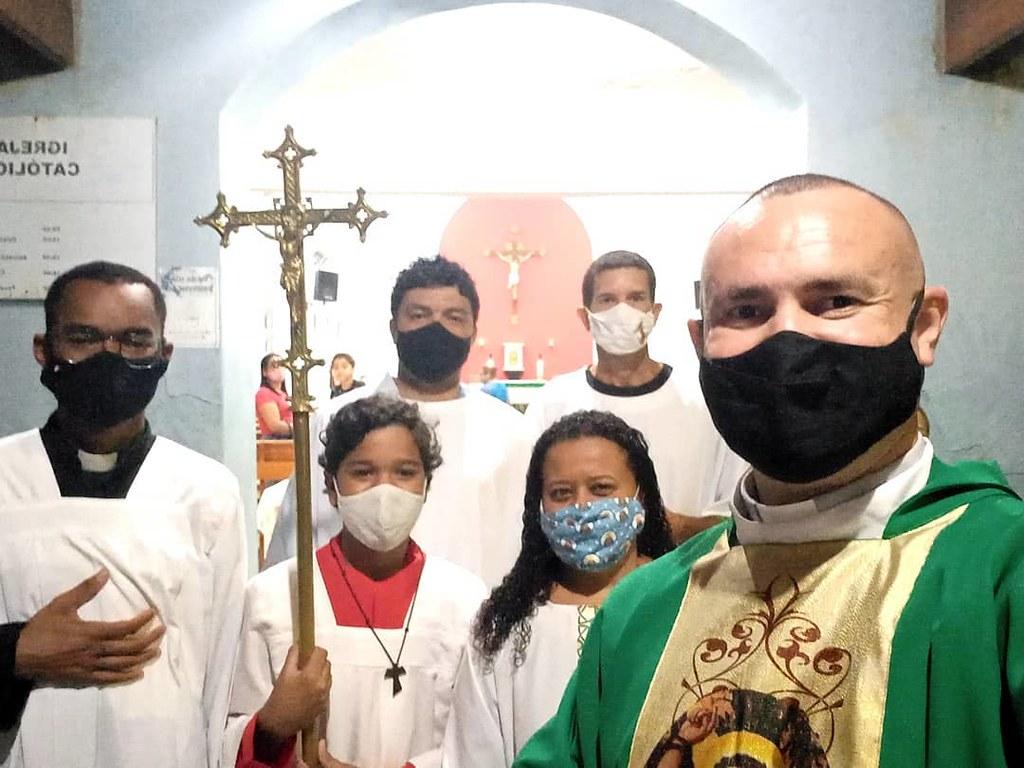 Brasil - Santa Misa en la Comunidad San Sebastián