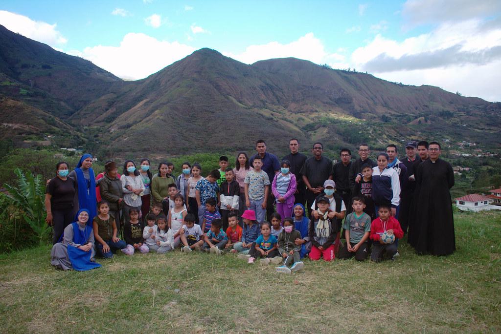 Ecuador - Retiro de preparación para la Primera Comunión