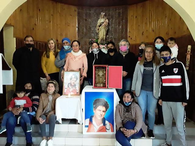 Argentina - Visita de la reliquia del beato Carlo Acútis en la capilla de Thomas Young