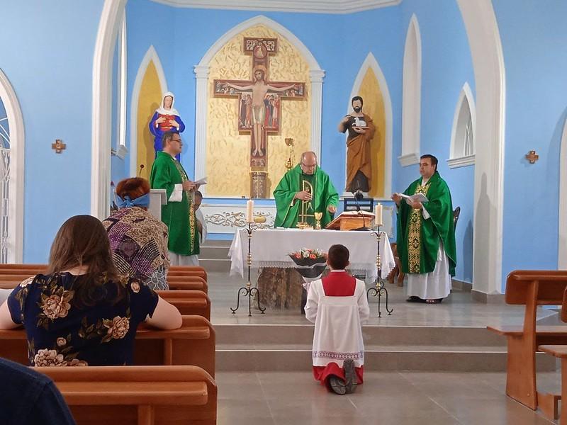 Uzbekistan - Visita del obispo en Samarcanda