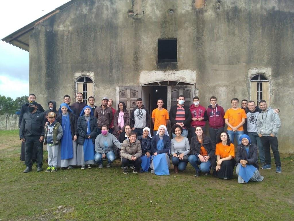 Brasil - Voces del Verbo en la Comunidad San Juan Pablo II