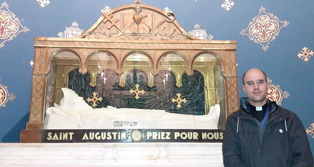 Túnez - Reliquia del brazo derecho de San Agustín en Hipona, Argelia