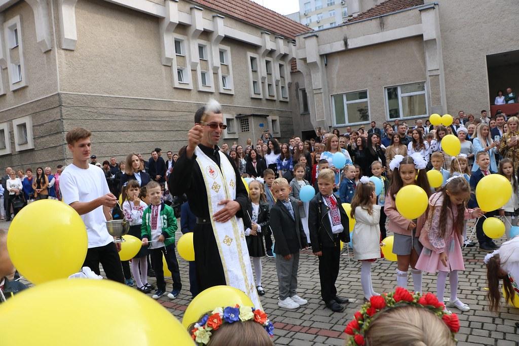 Ucrania - Bendiciones al inicio del año escolar