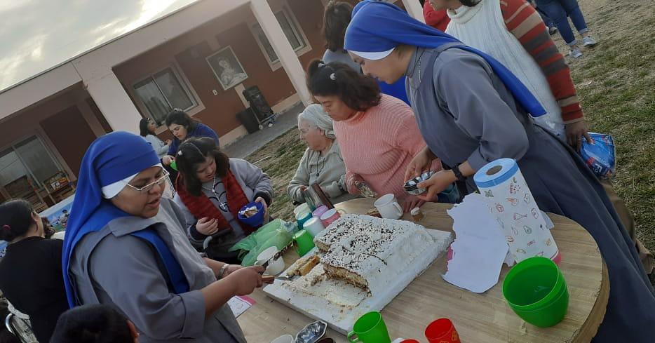 Argentina - Día del niño en el Hogar Divina Providencia