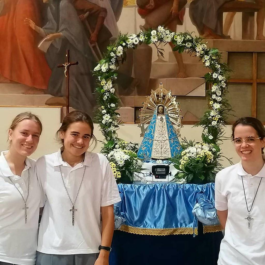 Italia - Recepción de la Cruz de Matará