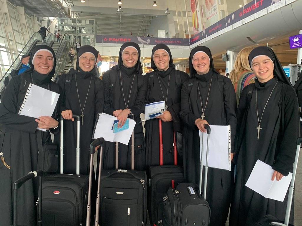 Ucrania - Despedida de las hermanas que fueron a estudiar en Italia