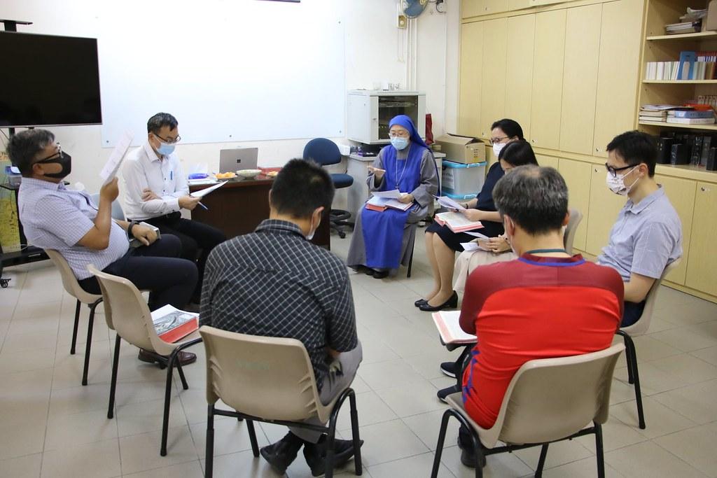 Hong Kong - Estudio bíblico con los profesores