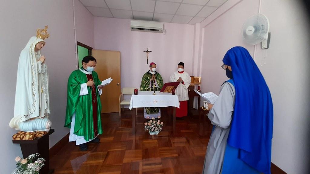 Macao - Misa y bendición del convento con el Obispo