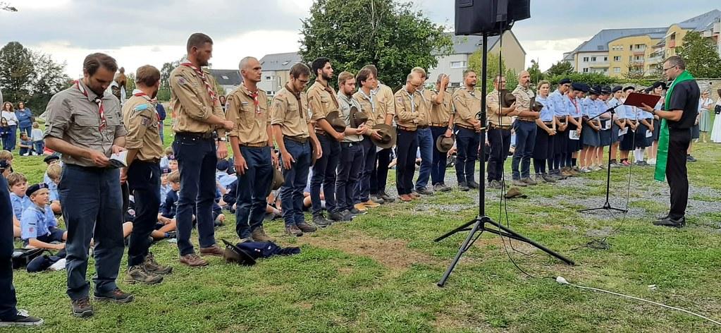 Luxemburgo - Regreso de guías y scouts de Europa