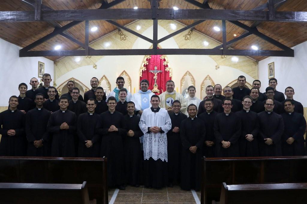 Brasil - Primeros Votos del seminarista Mario