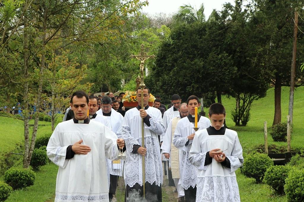 Brasil - Fiesta del Padre Pío en las casas de formación