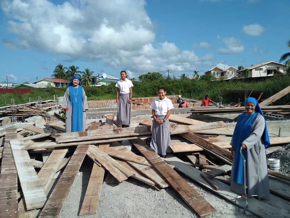 Guyana - Construcción del nuevo convento