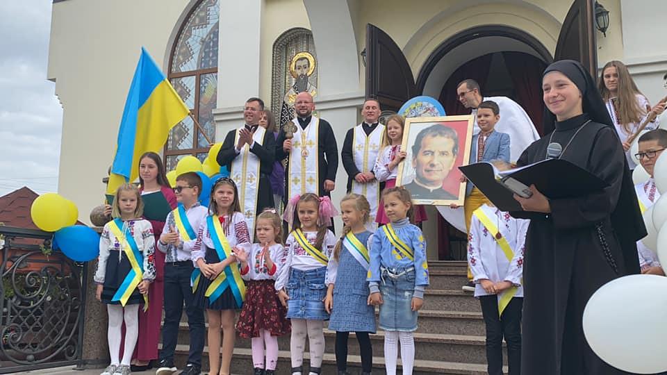 Ucrania - Comienzo del año escolar