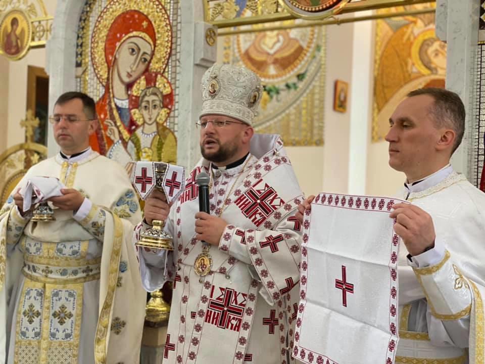 Ucrania - Santa Misa con el Obispo