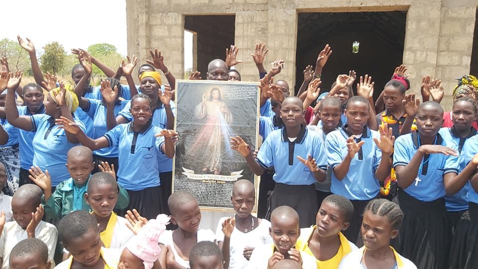 Tanzania - Misa en Nyasa