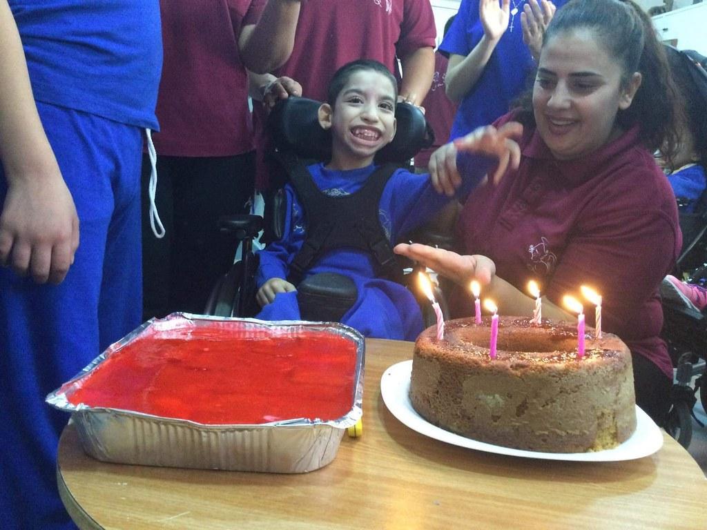 Belén - Los cumpleaños del mes en el Hogar Niño Dios